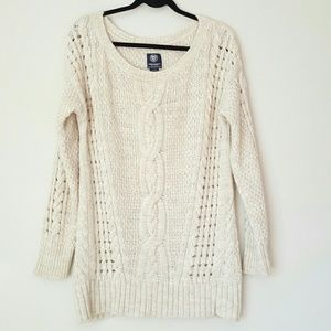 AE oatmeal cream cable knit sweater Large